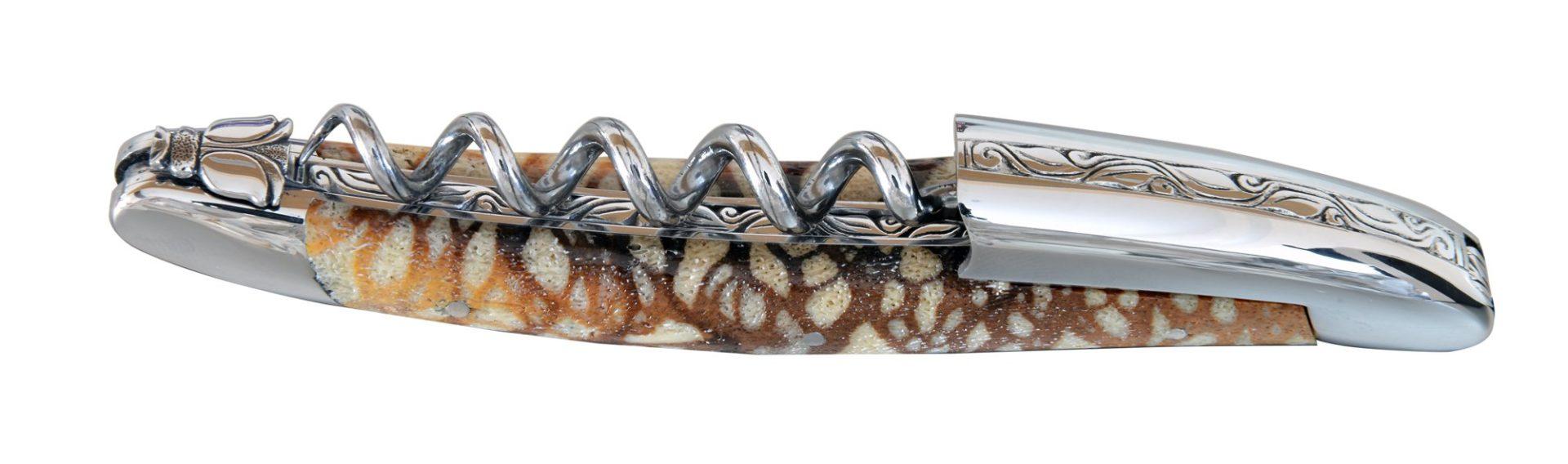 Tire-bouchon sommelier laguiole manche corail