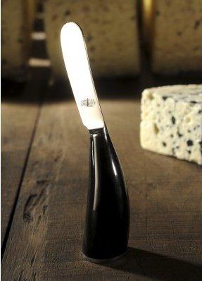 Un magnifique couteau a offrir à grand maman en hommage aux goûters de jeunesse.