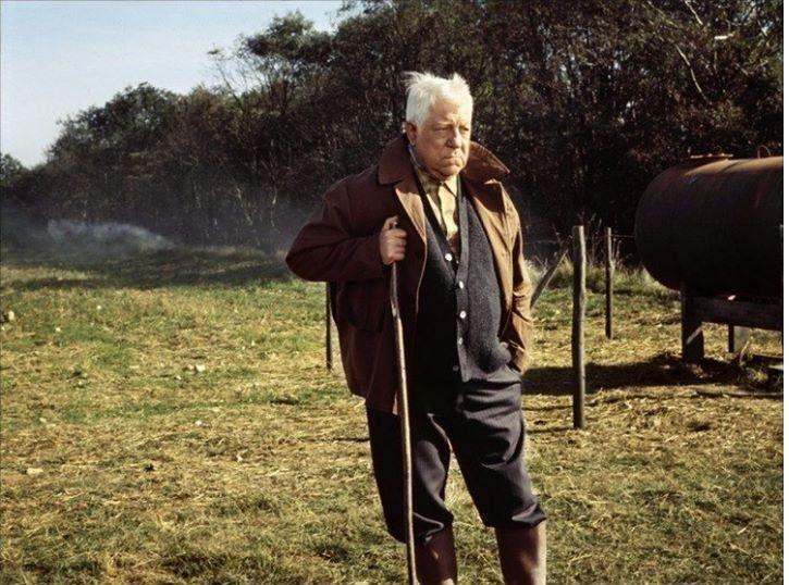Dans le film « La Horse », Jean Gabin ouvre le paquet d'héroïne découvert dans sa ferme avec un couteau laguiole.