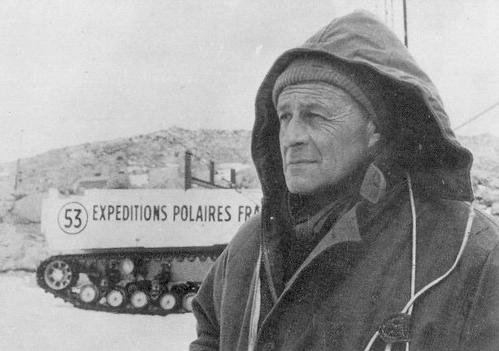Paul-Emile Victor, infatigable navigateur passionné.
